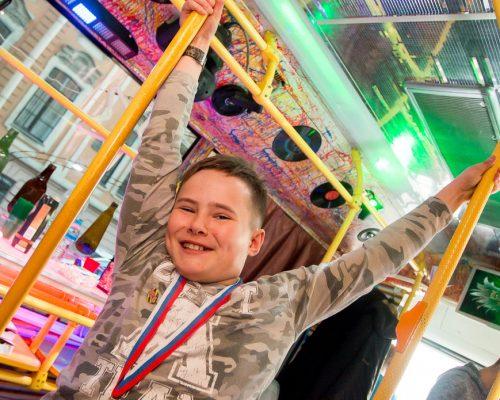 Диско автобус в СПб для детей
