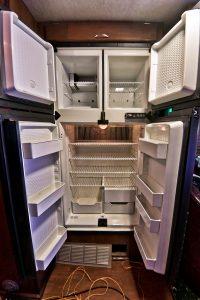 Пати бас с холодильником